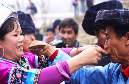 布依族酒文化——比侬喽酒